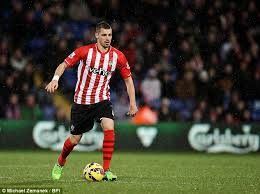 Morgan Schneiderlin Taking it up the pitch!